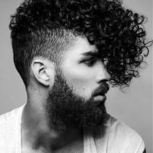 modische curly-fade Haarschnitt für Männer, lange Länge