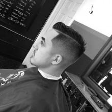 modischen Herren kurze fade-Haarschnitte