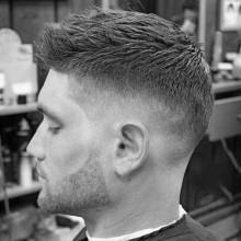 modischen Jungs kurze Frisuren für thin feines Haar