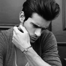 modischen mittlere und lange Dicke Herren-quiff Haarschnitt