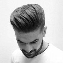 pompadour medium wellige Frisuren für Männer