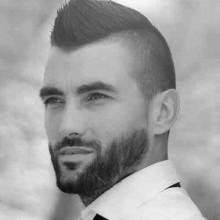 rasierte Seiten faux hawk Frisuren für Jungs