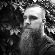 retro-kurze bis mittlere Frisuren für Männer dünne feine Haare kämmen über
