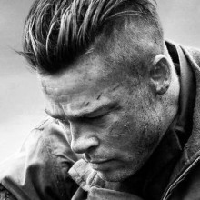 robuste Herren undercut Frisur mit slicked back top