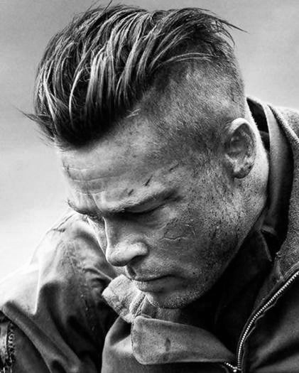 Robuste Herren Undercut Frisur Mit Slicked Back Top Kunstopde