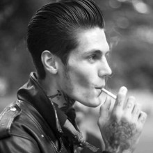 rockabilly slicked back Herren Haar style