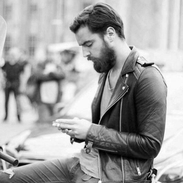 Scharfe Hipster Herren Haarschnitt Kurz Oben Lang Seiten Kunstopde