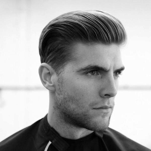 Herren Frisuren Elegant Mittellange Haare