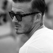 slicked back moderne Frisuren für Männer über 40