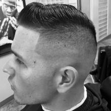 taper fade mit dem Kamm über Frisuren für Männer