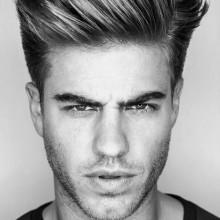 tolle Frisuren für Männer mittellange Haare