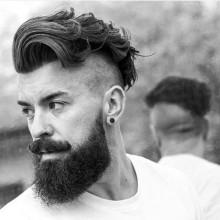 trendigen undercut-Frisuren für Männer mit Bärten