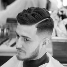 trendy Frisuren für kurze Dicke Haare Männer