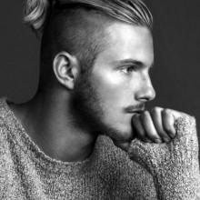 trendy lange Haare undercut Männer