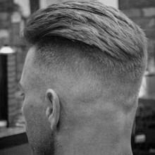 unterboten hohe fade Herren kurze Frisuren
