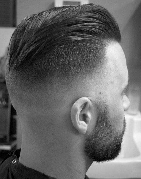 Verblasste Slicked Zuruck Undercut Jungs Haarschnitt Kunstop De