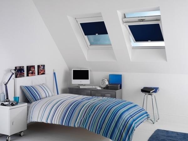 Dachfenster Jalousien Ideen teenager-Schlafzimmer-blau-weißen ...