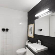 Erdgeschoss-Wohnung Renovierung Bürgerlichen Lechasseur Architekten Bad-design schwarz-Holz-Bretter weiße Fliesen