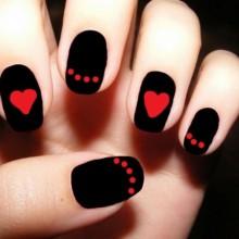 Halloween-Acryl-Nägel-schwarz-rot Farben halloween-nail-art