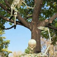 Halloween Baum Dekoration Garten Deko-Ideen Skelette