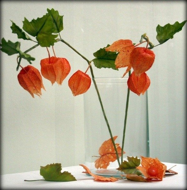 herbst deko ideen mit physalis glas vase herbst tischdekoration. Black Bedroom Furniture Sets. Home Design Ideas