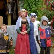 Ritter Kleinkinder Prinzessinnen mittelalterlichen Thema halloween Kostüme Ideen