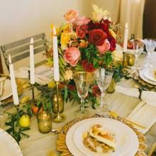 Weihnachts-Tisch-Deko-Ideen-Silber-weiß Farben elegante Tisch-Einstellung