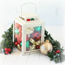 beautiful christmas table decor centerpiece ideas lantern ornaments garland