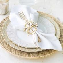 beste Weihnachts-Tisch-Deko-Ideen-weiß-roten Farben Silber Akzenten elegante Tischdekoration Ideen