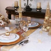 besten Weihnachts-Tisch-Deko-Ideen gold Tisch Dekoration Kerzen Ornamente Sternen