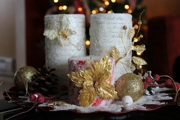 Elegant Ideen Zu Weihnachten Tisch Dekoration DIY Herzstück Ideen Säule  Kerzen Gold Schmetterlinge