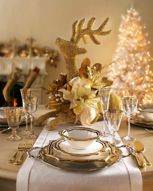 Gold weihnachten tisch deko ideen festliche for Festliche deko