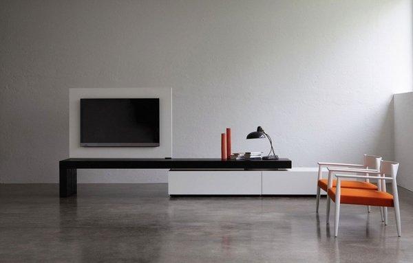 minimalistische zeitgenössische tv-Ständer Wohnzimmer-graue-Wand ...