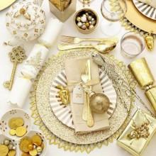 moderne weihnachtliche Tischdekoration Rentier-Figur gold Kerzenhalter Ornamente