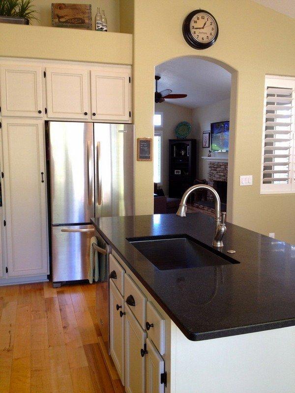 schöne Küche Arbeitsplatten black pearl Granit Küche Insel ...