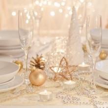 stilvollen Weihnachts-Tabelle-Dekor-Ideen-Silber Tisch Dekoration Ideen Tischset Serviette ring
