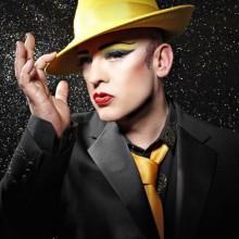 boy-george-style-gelb-hut-halloween-make-up-tipps-verkleidung-20
