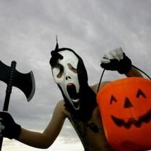 halloween-kostueme-fuer-jugendliche-scream-maske-kuerbis-lanters