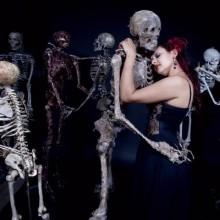 halloween-requisiten-zu-hause-deko-ideen-sskeletons