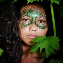 halloween-make-up-weibliche-maske-glitzernden-gruen-29
