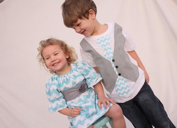 Oster Outfits Für Jungen Mädchen Geschwister Blauen Chevron Pattern