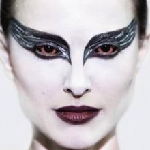 prominente-halloween-kostueme-und-make-up-black-swan-natalie-portman