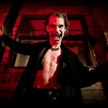 vampir-halloween-kostueme-ideen-die-beaengstigend-kostueme