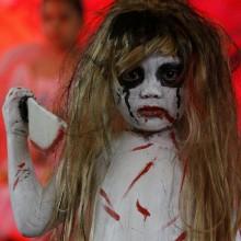 beaengstigend-zombie-halloween-kostueme-ideen-fuer-kinder
