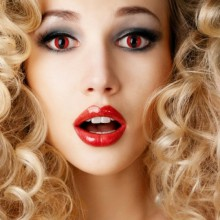 colored contact lenses halloween make up ideas red eyes