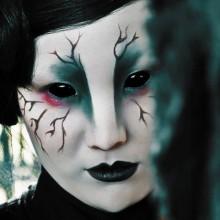 die farbigen Kontaktlinsen halloween spooky make-up-Ideen