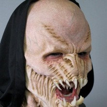 gruseligsten-halloween-masken-horror-masken-beast