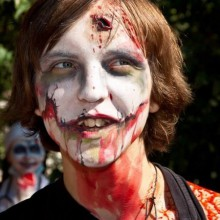 halloween-kostuem-fuer-teenager-jungen-make-up-ideen-zombie-make-up
