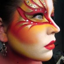 halloween-make-up-frauen-die-phoenix-gold-red-28