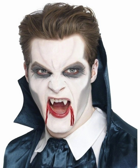 Halloween Make Up Ideen Fuer Maenner Dracula Make Up Und Kostuem